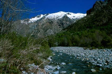 Cerro El Toro y río Ancoa