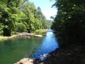 Río al final de la laguna