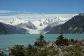 Lago y glaciar Leones