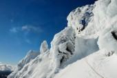 Paso de hielo y rocas