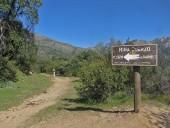 Letrero con anuncio de la mina