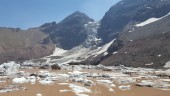 Laguna y Glaciar Colgante el Morado