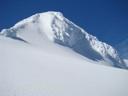 Torreón rocoso cubierto de hielo