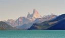 Fitz Roy y Cerro Torre desde el lago del Desierto