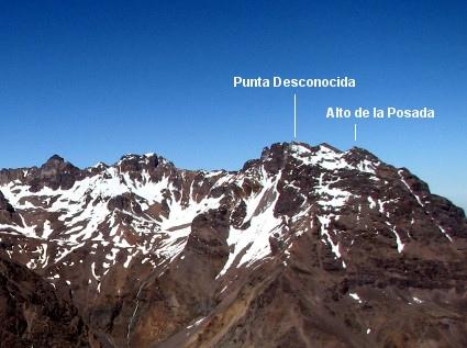 Punta Desconocida desde valle de Mardones