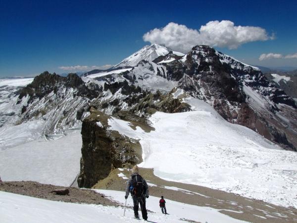 Nevado Sin Nombre, Punta Meier y Tupungato