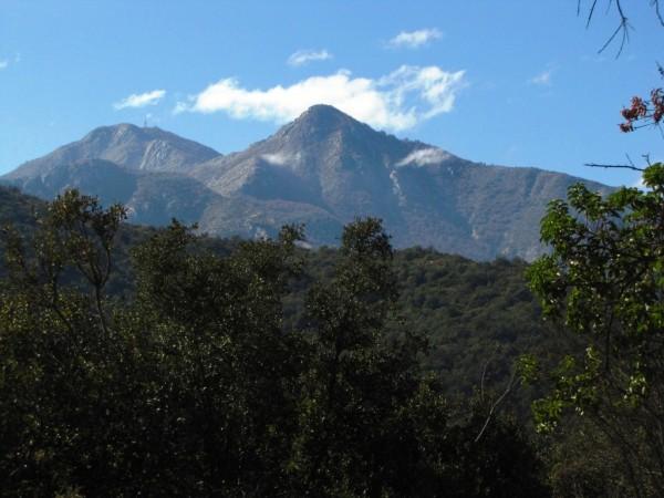 Vista desde el Plateau hacia el cerro el Roble y la Punta Imán