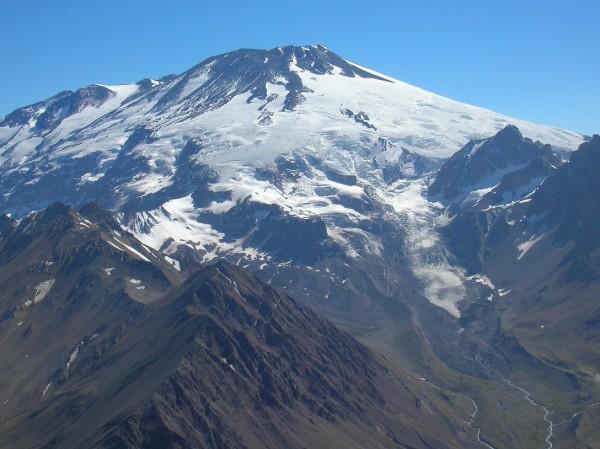 Cerro Andrade bajo el San José