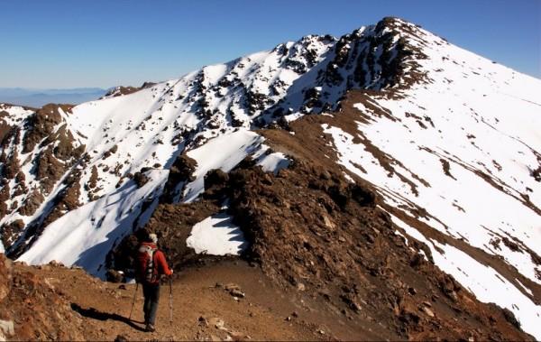 Arista hacia el cerro Cruzada Las Hormigas