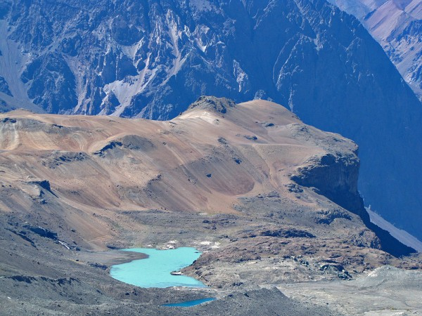 Vista a laguna Picarte y Loma Rabona