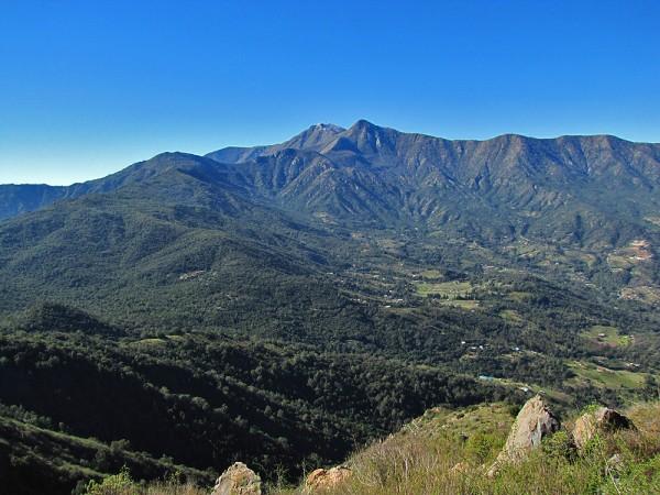 Vista hacia Quebrada de Alvarado y la Punta Imán