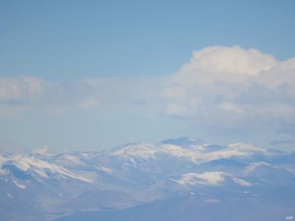 Volcán Cazadero y vecinos en la Lejanía