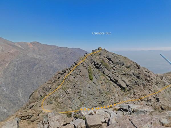 Vista a la cumbre Sur desde la cumbre Norte