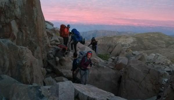 Paso de Rocas previo a cumbre Cerro Alto Cantillana