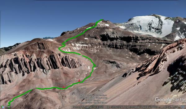 Panorámica del tramo entre el campamento y la cumbre (vista Google Earth con track)