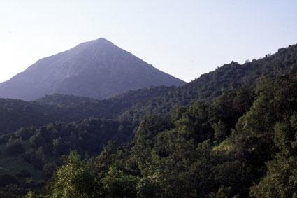 Cerro Manquehue, ruta Lo Curro