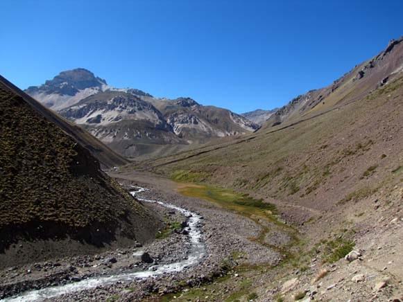 Valle del río Colina