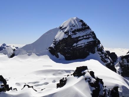 Pequeño Alpamayo desde Piramide Blanca