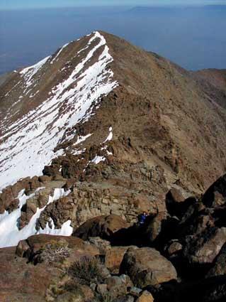 Filo rocoso y cerro La Cruz