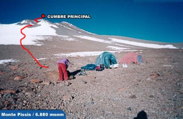 Ruta cumbrera desde el camp. alto 2 (5550m aprox.)